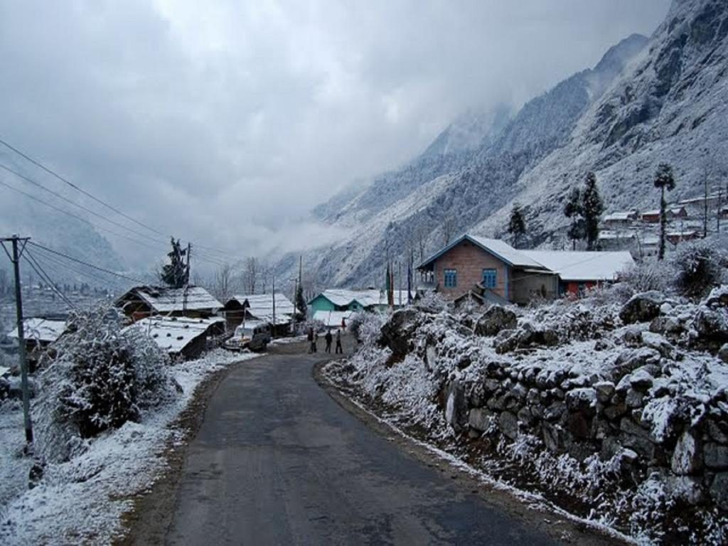 The scenically blessed village of Lachung
