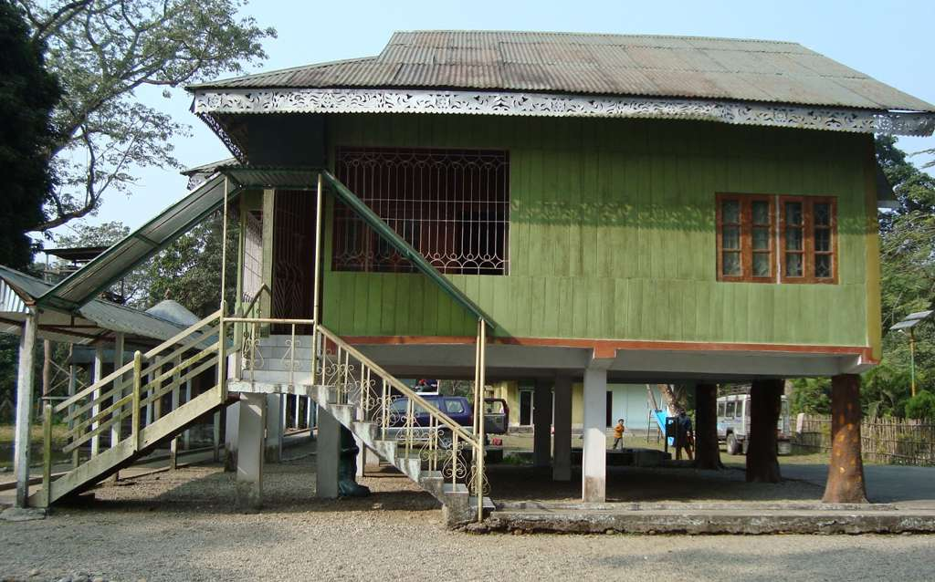 Government accommodation at Mendabari