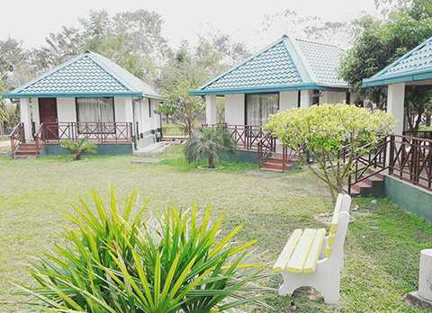 Garden view of Murti Tourist Lodge