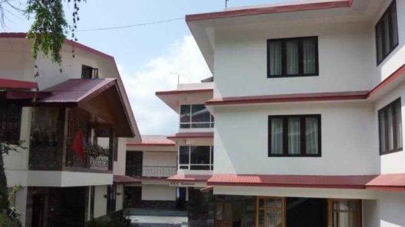 Bhumzang Hotel and Restobar