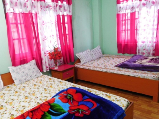 Book Non-AC 4 Bedded Rooms at Montana Homestay, Silk Route