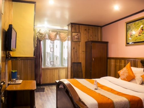 Book Non-AC EXECUTIVE FAMILY SUIT at Hotel Sweet Home, Darjeeling