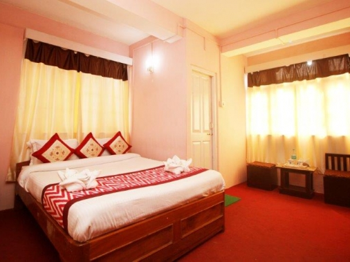 STANDARD DELUXE DOUBLE AC Room