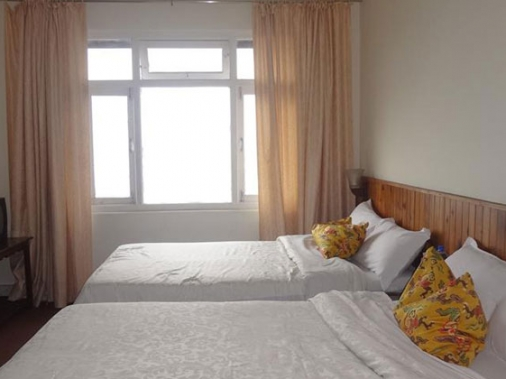 Book Non-AC Four Bed Super Deluxe Room at Hotel Birdies Nest, Darjeeling