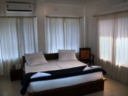 Primium Deluxe  [Double Beded]  AC Room
