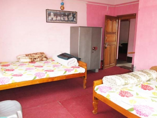 TRIPLE BED ROOM  Non-AC Room