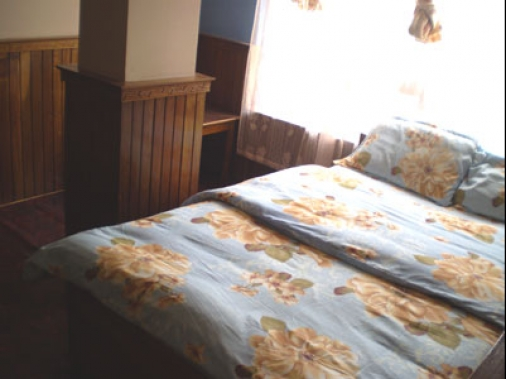Deluxe Double  Bedded Non-AC Room