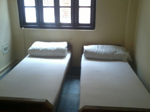 Single Double Bed Room Non-AC Room