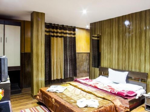 Book Non-AC Deluxe Double Bedroom at Hotel Shanti Palace, Darjeeling
